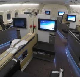 Viaje na luxuosa primeira classe da Lufthansa para Europa por 134.000 pontos (ida e volta)