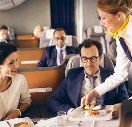 Lufthansa agora permite dar lances para upgrades nos vôos de/para o Brasil