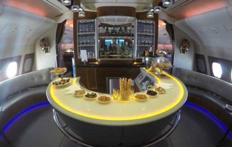 Primeira Classe da Emirates no A380 – Dubai para Toronto