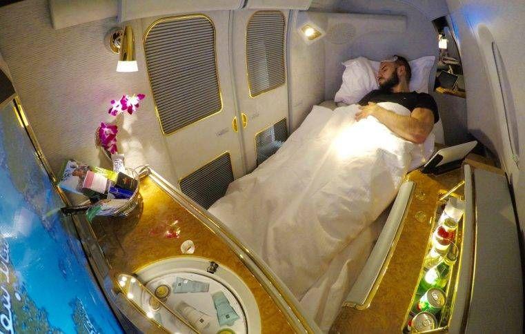 Como voar na primeira classe ou classe executiva do A380 da Emirates saindo do Brasil usando milhas e pontos
