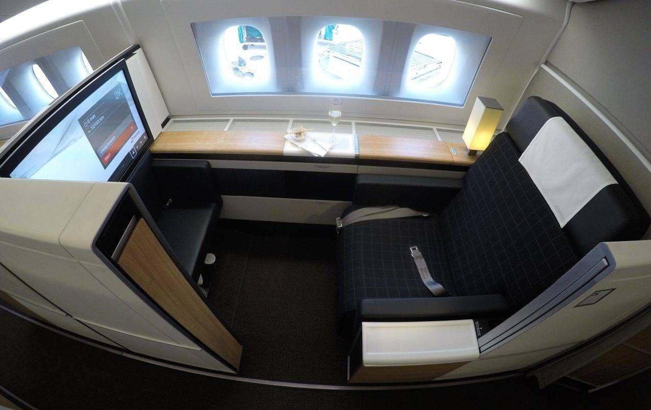 Primeira Classe da Swiss no B777-300ER – Los Angeles para Zurich
