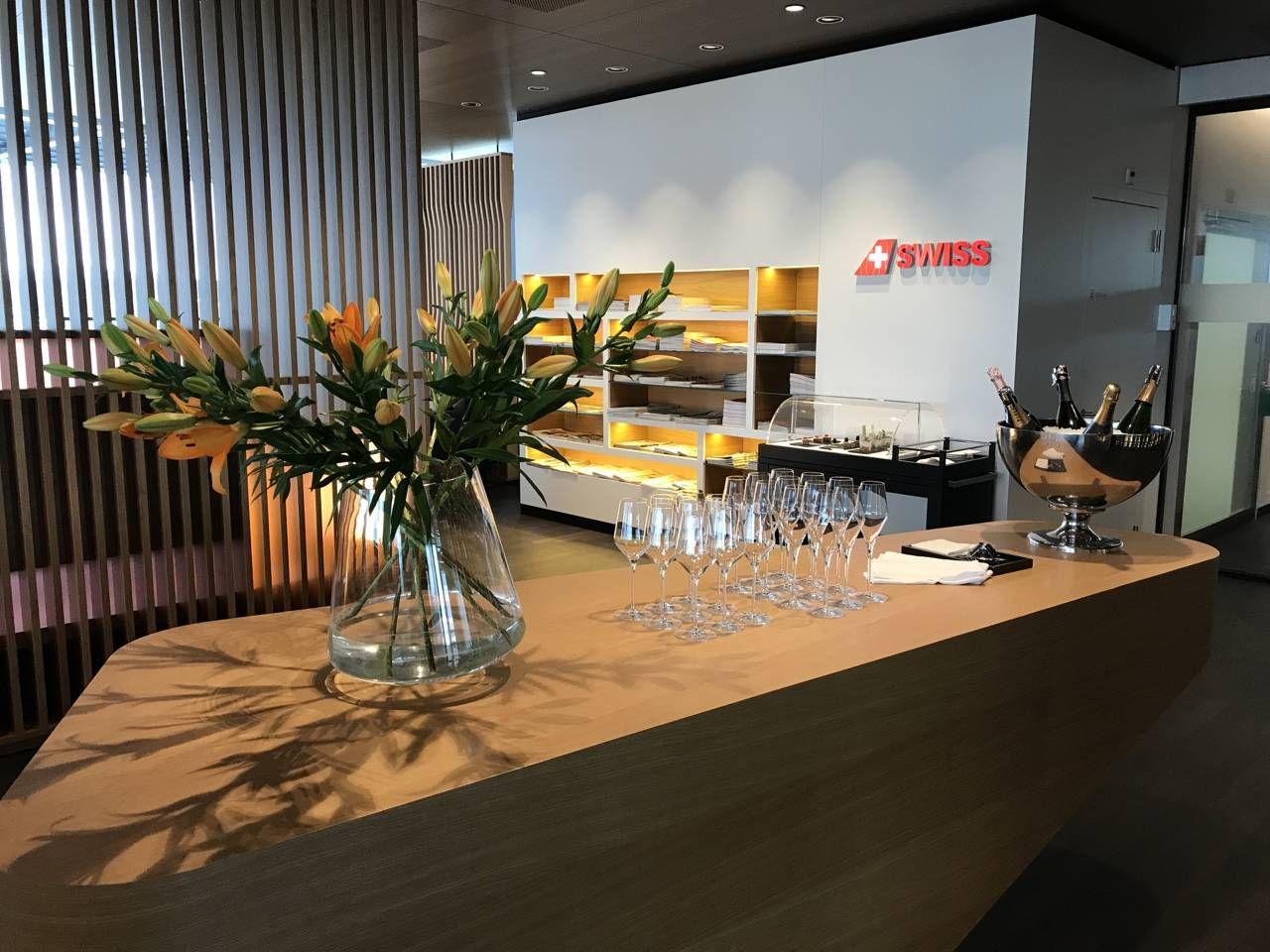 swiss-first-class-lounge-022