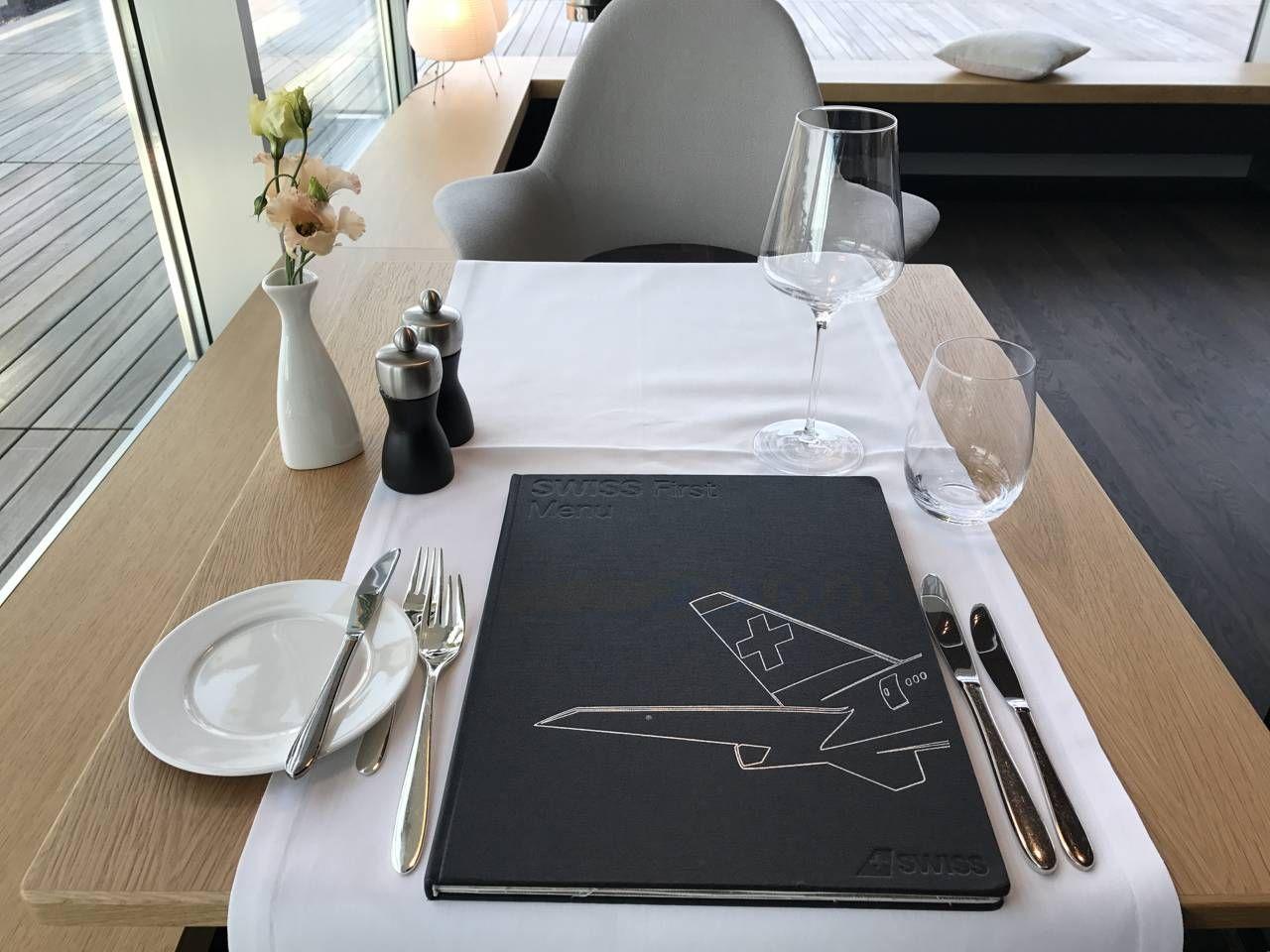 swiss-first-class-lounge-039