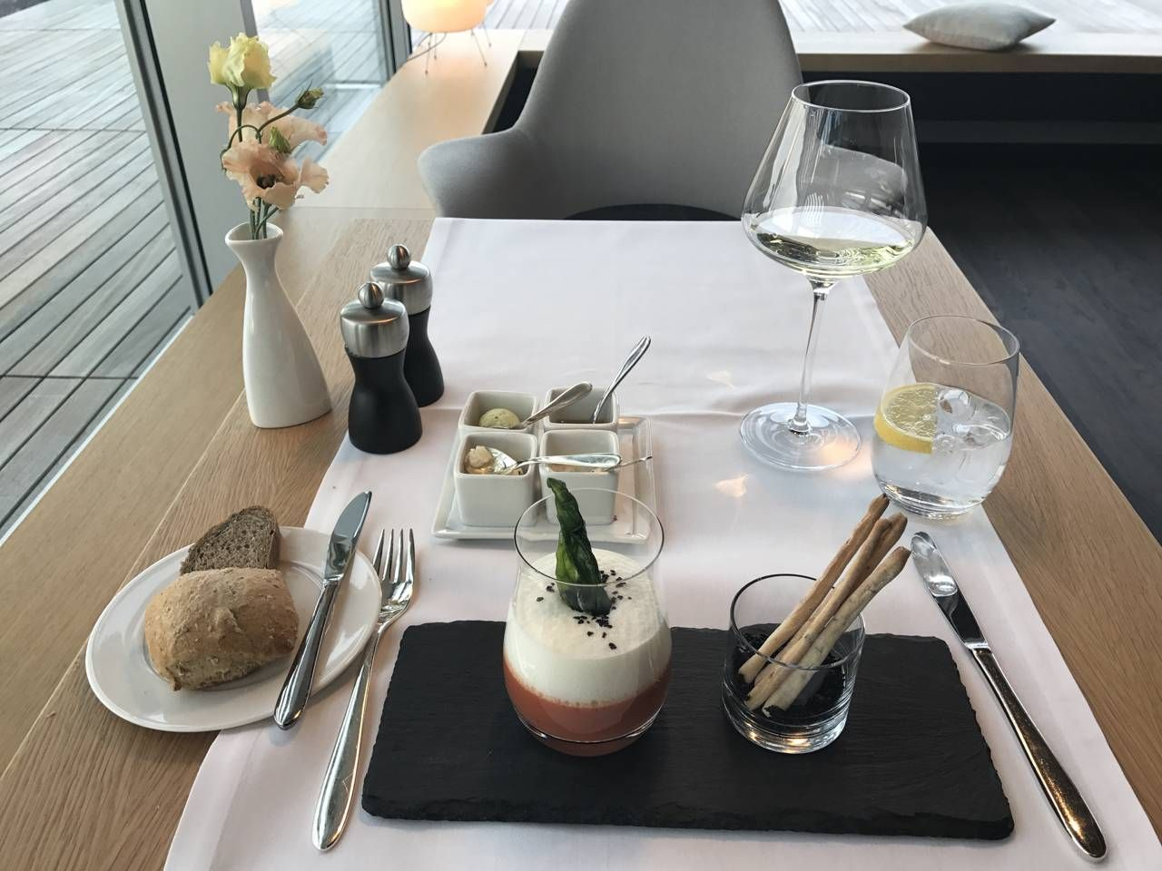 swiss-first-class-lounge-054