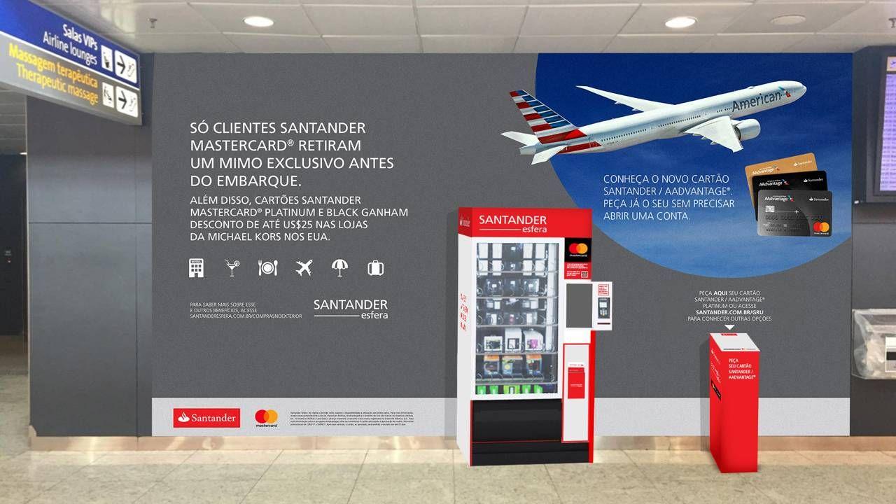 Clientes de cartões Santander Mastercard ganham brindes em aeroporto de Guarulhos