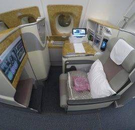 Smiles está cobrando taxa de combustível para resgates com a Emirates em voos saindo do Brasil