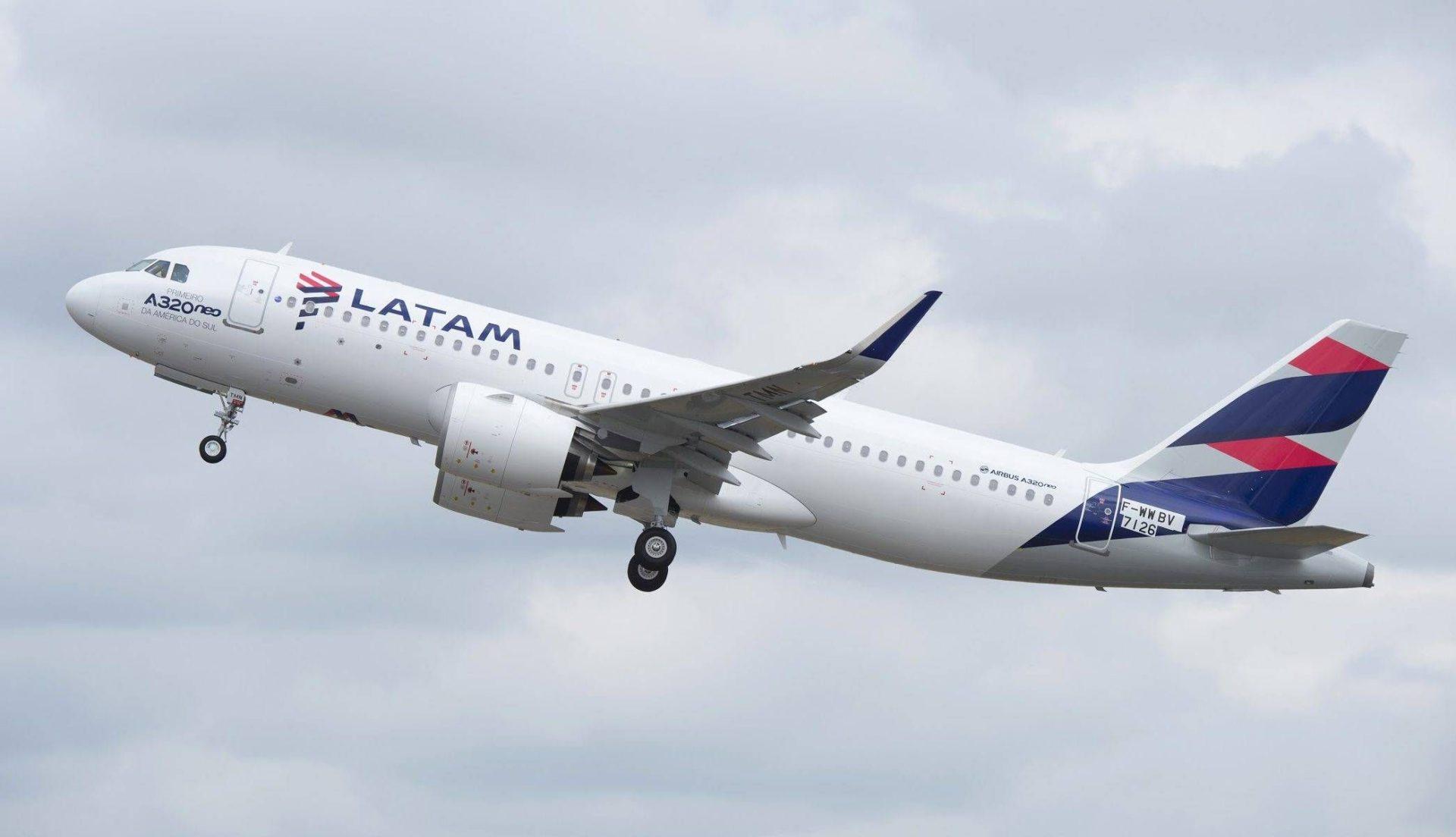 LATAM anuncia novas rotas domésticas no Brasil e ampliação de frequências