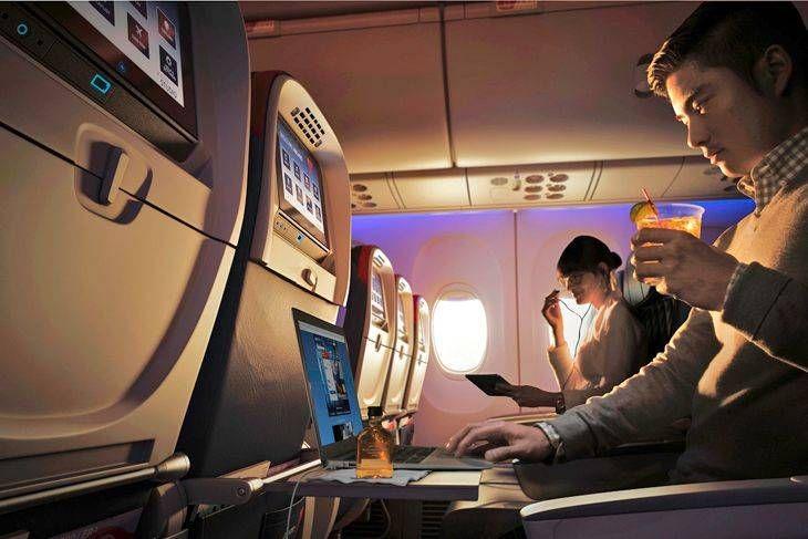Portadores dos cartões ELO tem acesso gratuito à internet a bordo de mais de 20 cias aéreas internacionais