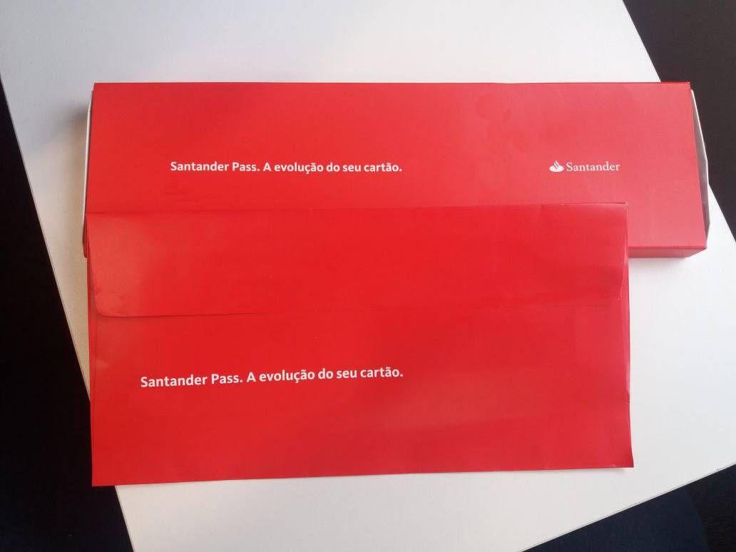 Conheça o Santander Pass, a pulseira e adesivo que facilitam os pagamentos