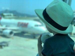 Bebê no Aeroporto