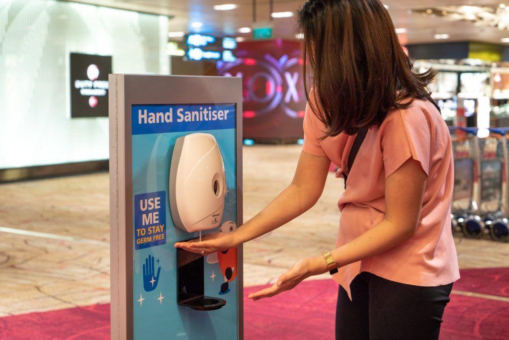 Alcool gel no Changi Airport