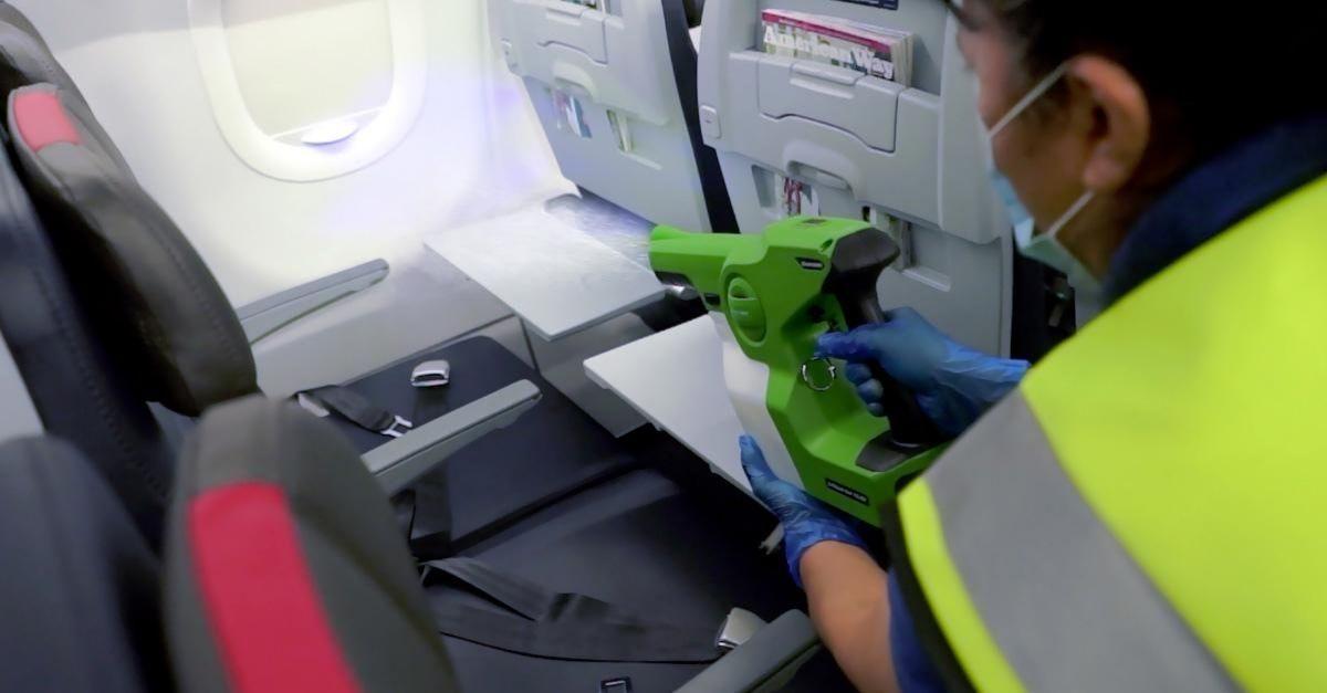American Airlines spray anticoronavírus