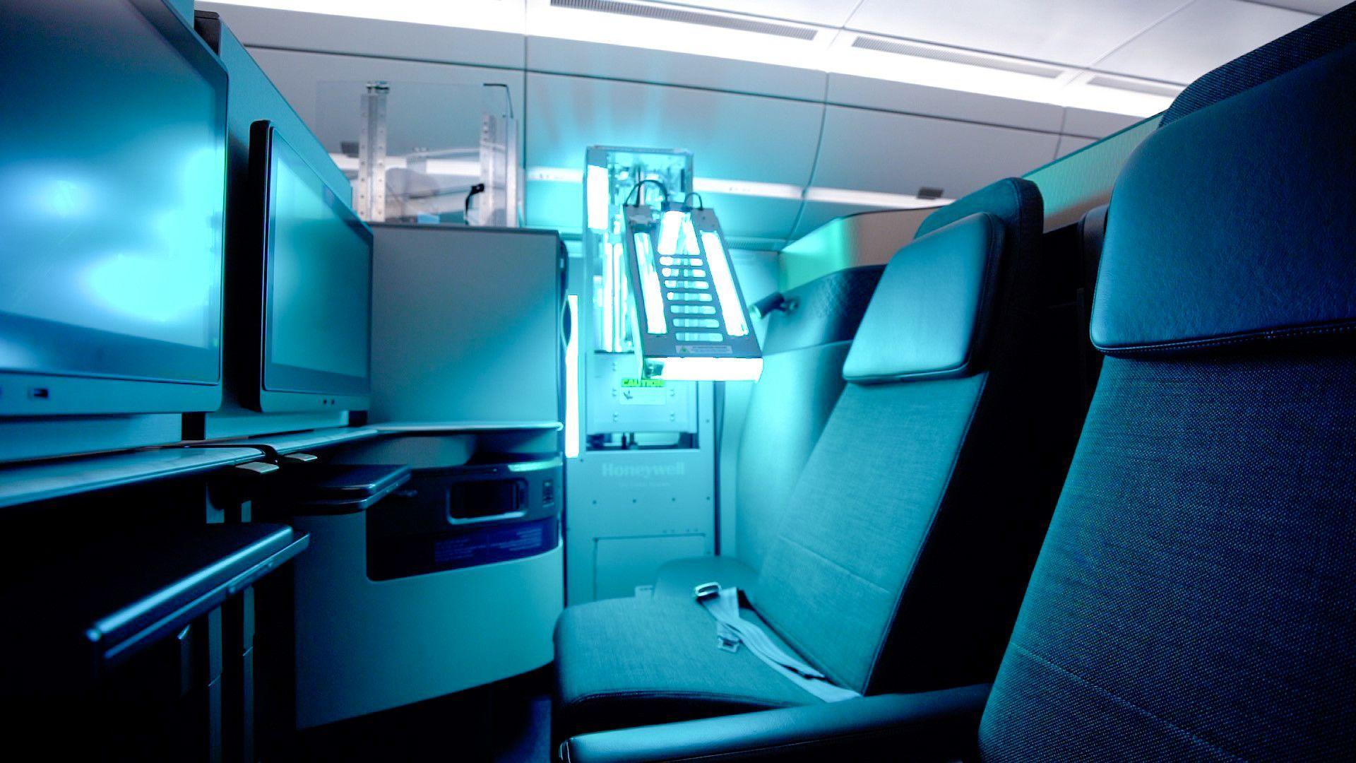 Qatar Airways ultravioleta