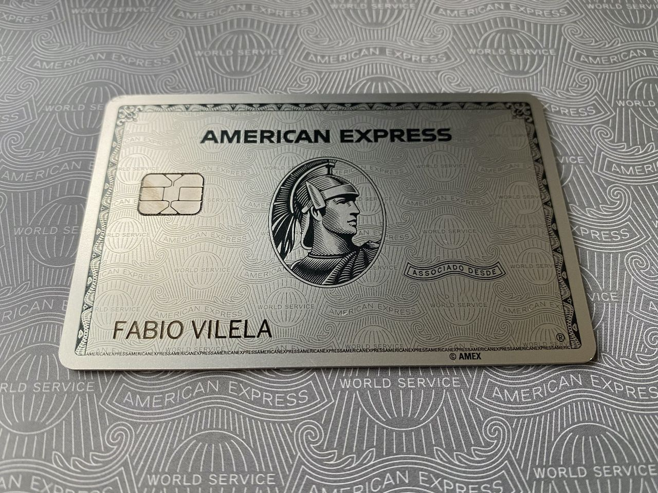 The Platinum Card American Express metal Bradesco